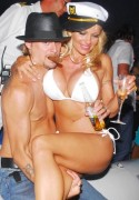 US ONLY PAMELA ANDERSON AND KID ROCK AFTER THE WEDDING