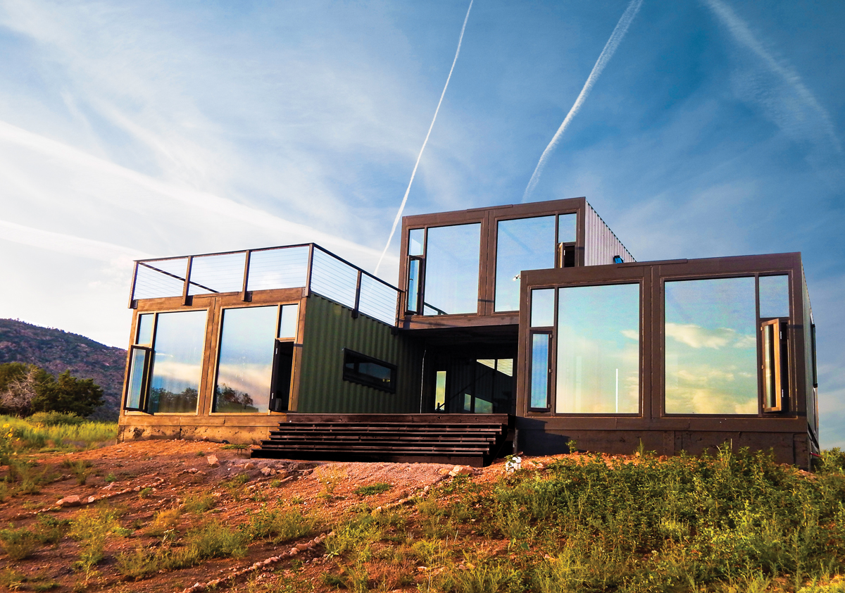 The-20-Most-Amazing-Shipping-Container-Homes-14