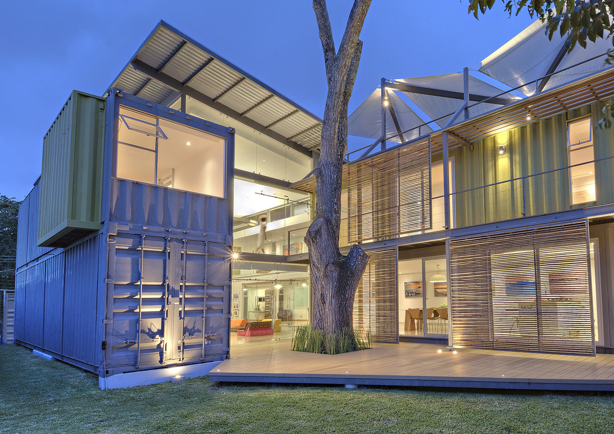 The-20-Most-Amazing-Shipping-Container-Homes-8 (1)