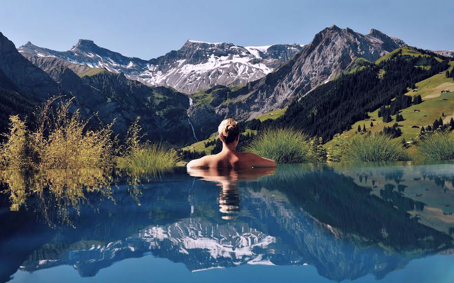 7-of-the-most-insane-pools-on-earth-01