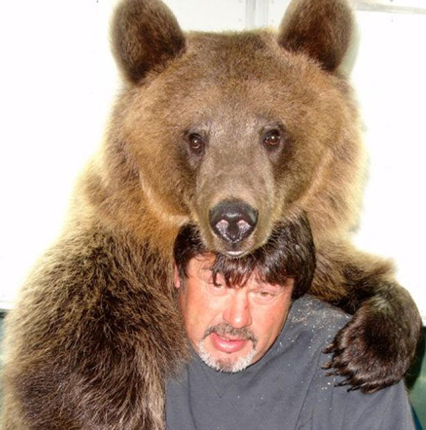 jim-with-400lb-kodiak-brown-bear-1