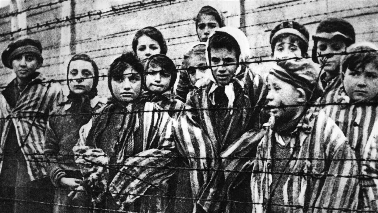 an introduction to the issue of the history of holocaust in germany This museum, which will cover global holocaust history but will have a special section on italy, will speak directly to italians, and not just to italian jews the section on italy will include documentation on the country's most famous and sensitive wartime issues.